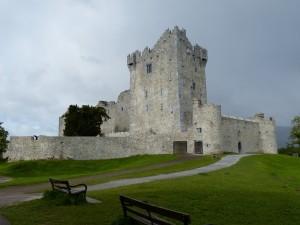 218-cross castle (1280x960)
